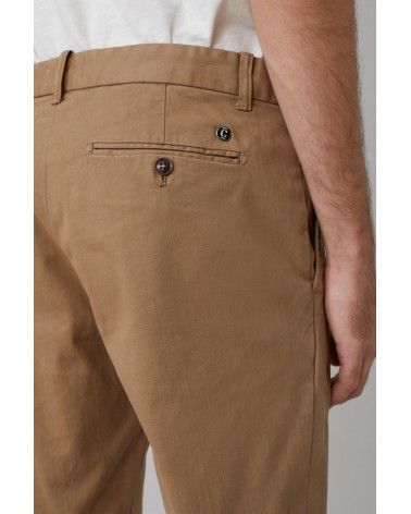 Closed - Chino Clifton Slim Deep Dune Closed - 3